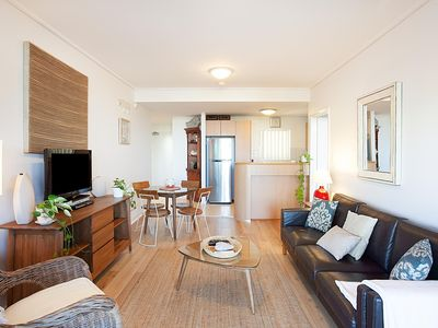 Photo for Breaker Cove - Stylish 2 Bed Apartment With Pool and Gym