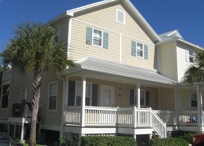 Welcome to Key West! 3 bedroom/ 3 bathroom town house.