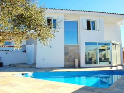 Photo for beautiful villa on canal in Empuriabrava 300 m from the beach