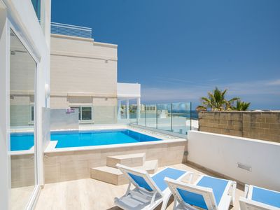 Photo for Villa Apartment with private pool and unobstructed Sea Views