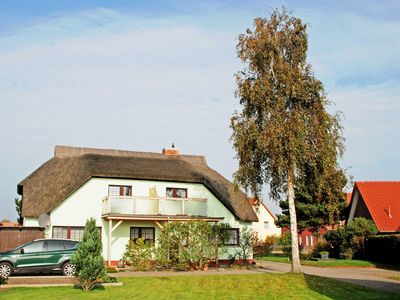 Photo for 01 Apartments under the thatched roof with Deichblick - apartments under thatched roof with Deichblick