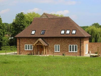 Photo for holiday home, Woodchurch  in Südengland - 6 persons, 3 bedrooms