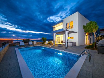 Photo for ** FIRSTMINUTE ** Villa Red with pool, modern equipped, panoramic sea views