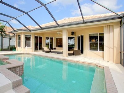 Photo for Stunning 3 bedroom villa with pool, Spa and Club membership