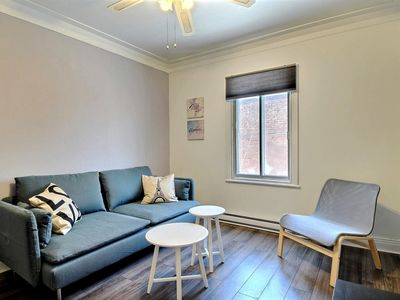 Photo for Nice and Cosy 2 Bedrooms, Near subway, Free parking!