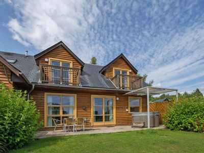 Photo for Semi-detached house, Loch Lomond  in Westliche Highlands - 6 persons, 2 bedrooms