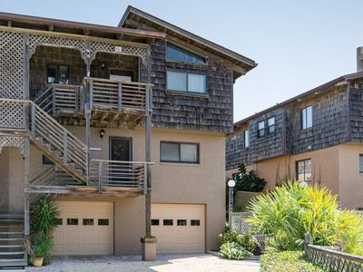 Photo for Enjoy the quiet beauty of this condo located in Sea Dunes, Pieces of Eight.
