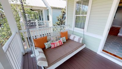 Photo for 6- SEATER GOLF CART! - 2 Min walk to Dragonfly Pool! '86 W Summersweet' is A Coastal Cottage Dream!