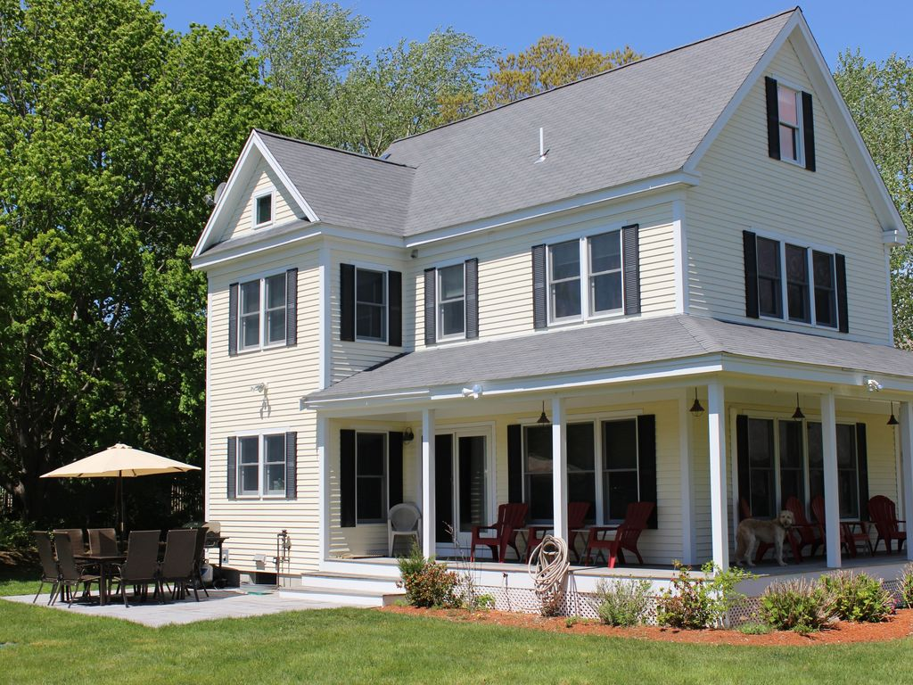 A GREAT FAMILY SPOT IN MID CAPE COD