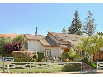 Photo for Located in Berryessa foothill area with Central HVAC, pool, and jacuzzi.