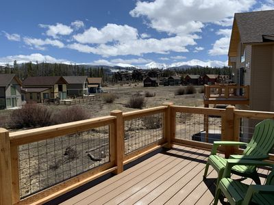 Large deck with stunning views overlooking the Elk Creek.