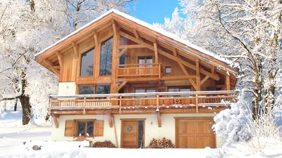 Photo for Chalet Arch; Charming chalet with Jacuzzi; Serre Chevalier