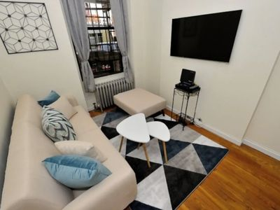 Photo for Monthly Amazing & Fascinating 1 BR Apartment In New York