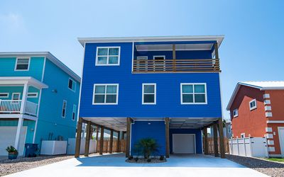 Photo for Big Blue: Private Pool, Close to the Beach, Free WiFi, Ocean Views