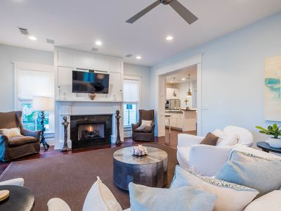 Photo for Watercolor Park District home that comfortably accommodates 10!