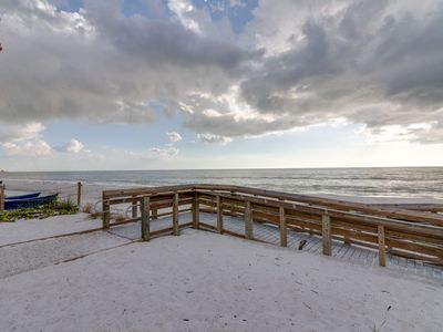 Family-friendly, waterfront condo w/ shared pool - walk to the beach!