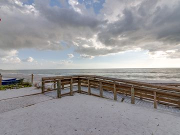 White Cap Beach Condos (Fort Myers Beach, Florida, United States)