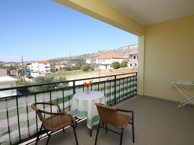 Photo for One bedroom apartment with terrace and sea view Seget Vranjica, Trogir (A-8618-b)