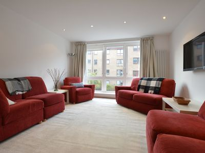 Photo for Edinburgh Meadows - Contemporary 3 bed Apartment (with nearby car parkin
