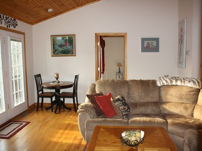 Photo for Cozy cabin! Majestic views from all rooms! Within walking distance to the lake.