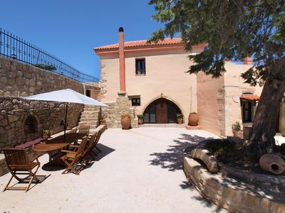 Photo for A villa with private pool, located in a mountain settlement, ideal for hikers
