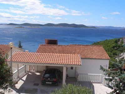 Photo for Apartment with breath-taking sea view, just 200m from the beach at Drage