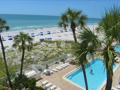 Photo for BEST FAMILY VACATION SPOT~SPACIOUS 3 BEDROOM, DIRECT GULF FRONT FOR THOSE AMAZING SUNSET VIEWS