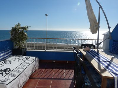 Photo for Beachfront townhouse with all amenities and located in an idyllic setting