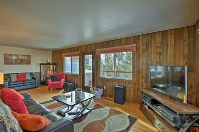 With 3 bedrooms, 2 bathrooms & a bonus room this home has space for 8.
