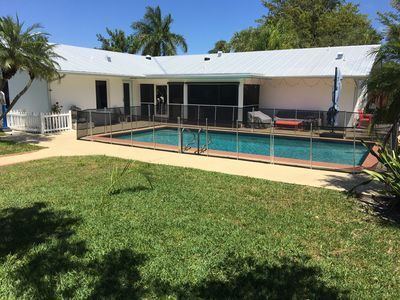 Photo for Beautiful house with private pool and jacuzzi, 5mn to the beach