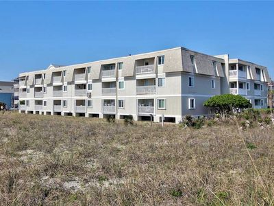 Photo for A Place At The Beach C3: Fantastic Corner Unit, Oceanfront, Community Pool and Great Amenities!