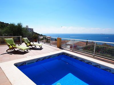 Photo for 3 bedroom Villa, sleeps 6 in Roses with Pool, Air Con and WiFi