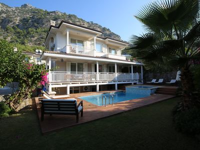 Photo for Luxury 4 Bed Villa In Tranquil Setting w/Private Pool & Air-Con Throughout
