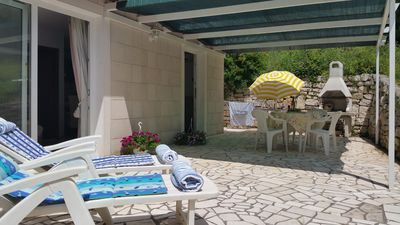 Large enclosed private patio perfect for sunseekers, shady alfresco & barbecues