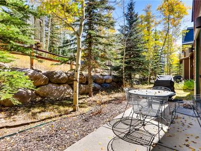 Photo for Gorgeous condo with mountain views, hiking & biking trails close by