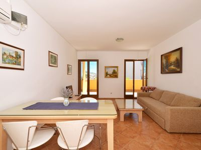 Photo for KATANA B1 - Sea view apartment with 2 bedrooms, 250m from the pebble beach