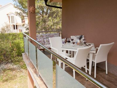 Photo for Four bedroom apartment with terrace Vir