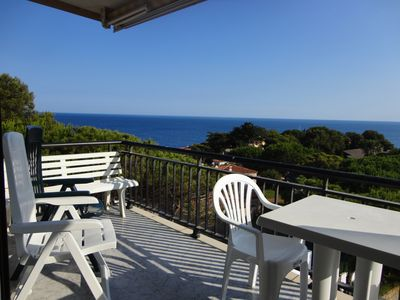 Photo for APARTMENT WITH SEA VIEW, SHARED POOL AND GARDEN, PARKING