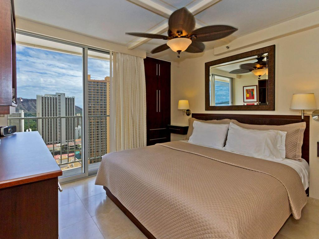Diamond Suite The Pacific Monarch: Waikiki The Diamond Suite Ocean ...
