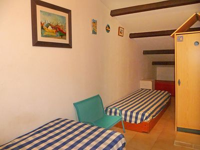 Photo for Apartment 1.4 km from the center of Saint-Cyr-sur-Mer with Parking, Internet, Washing machine, Terrace (103471)