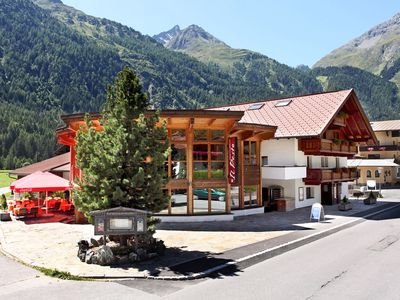 Photo for Spacious cozy apartment to 8 people only 8 km from Sölden