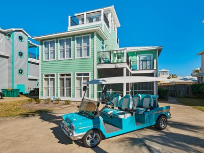 Photo for 5 King Masters + Bunk Rm~FREE Golf Cart~Free Beach Svc~Pool