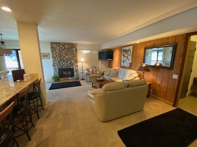 Photo for Hot Tub, Pool, Spa, Common Game Room, 10 minute Walk to Town & Lifts #137
