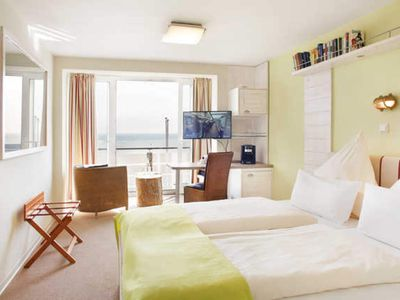 Photo for Panorama double room with lake view - Hotel Rickmers Insulaner