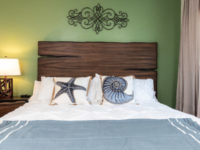 Photo for ♠ King Beds • Fast WiFi • Parking • 4K TVs • 2BD ♠