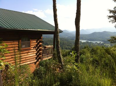Secluded Log Home with lake, mountain and sunset view.