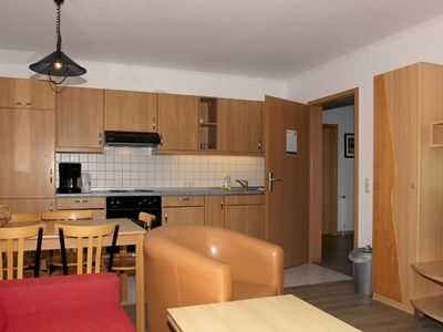 Photo for B 05: 54m², 3-room, 6 pers., Balcony, H - F-1089 Haus Mecklenburg in the Baltic resort of Göhren