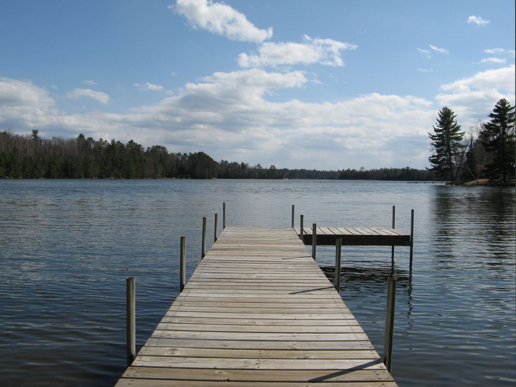 Stunning views enjoy great fishing and biking at little for Fishing cabin rentals wisconsin