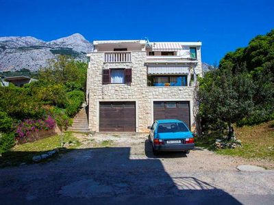 Photo for One bedroom apartment with balcony and sea view Makarska