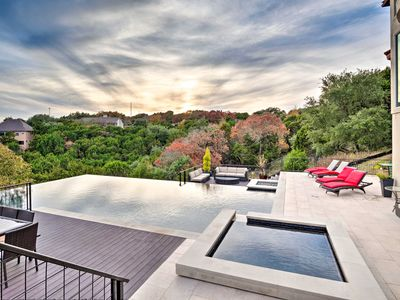 Photo for Chic Austin Home w/Infinity Pool- Mins to Downtown